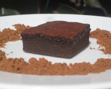 Cocoa Brownie Pudding surrounded by Ghirardelli Unsweetened Cocoa