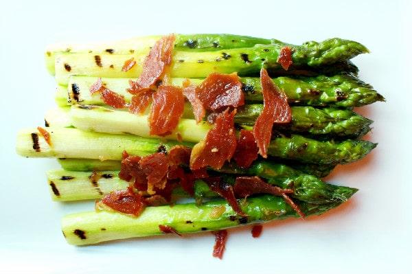 Asparagus with Serrano Ham at Urban Tide