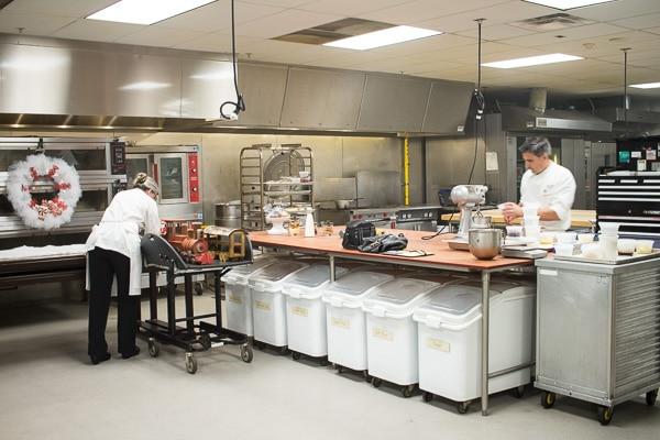 Hyatt Regency Orlando Pastry Shop