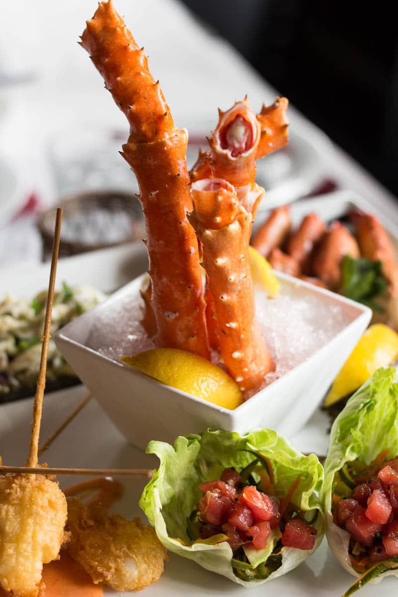 Fulton's Crab House has fresh seafood in a classic atmosphere. Check our recent restaurant visit!