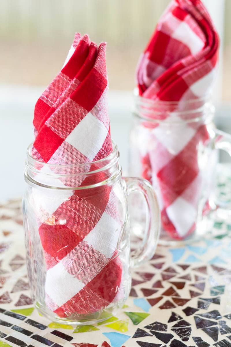 Mason Jar Glasses with Napkins