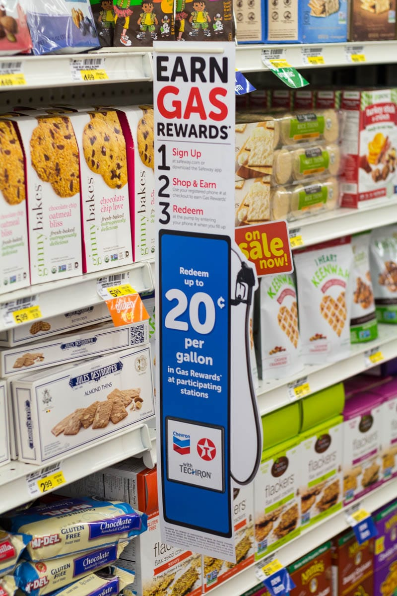Did you know that Safeway has opened three new stores in Florida? I visited one in Altamonte Springs (near Orlando) to check out the offerings, like the Gas Rewards.
