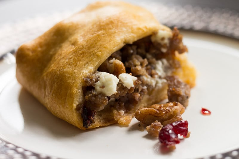 sausage-cranberry-pecan-crescent-roll-ring-7