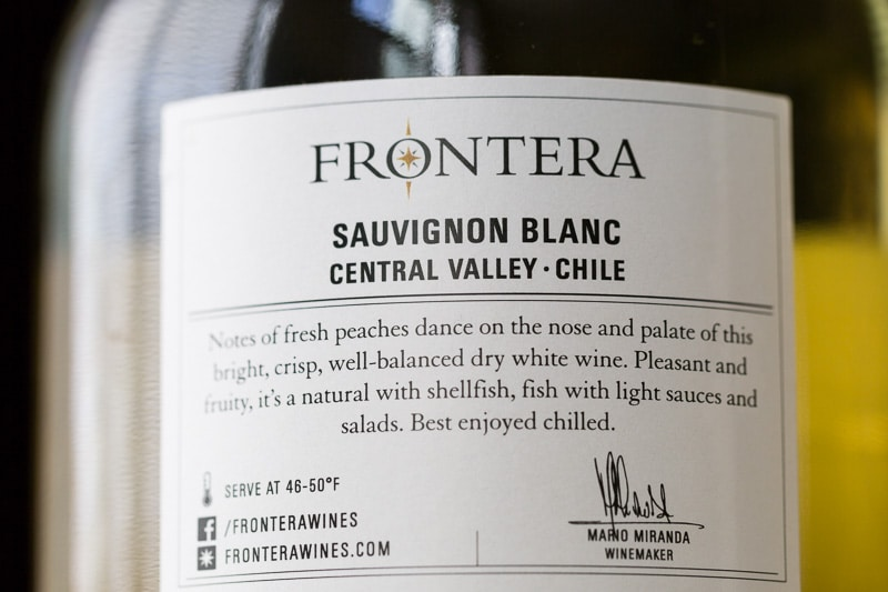 Frontera Sauvignon back label