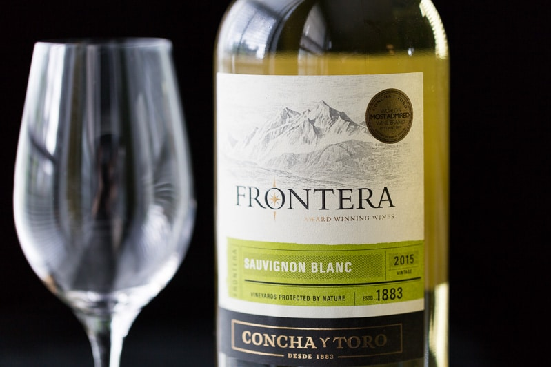 Frontera Sauvignon Blanc with glass