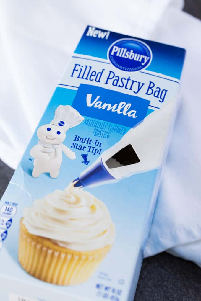 Pillsbury Filled Pastry Bag in vanilla