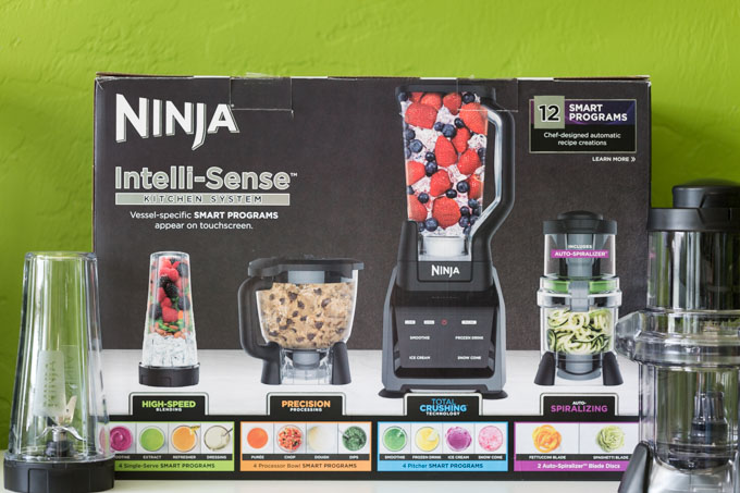 Ninja Intelli-sense Box with to go blender and spiralizer