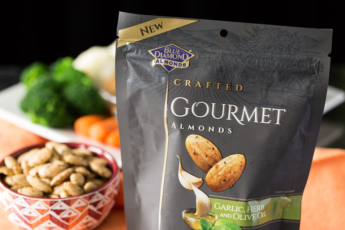 Blue Diamond Gourmet Almonds in Garlic and herb
