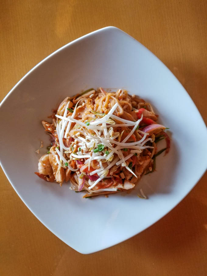 Mythos Gluten Free Pad Thai bowl