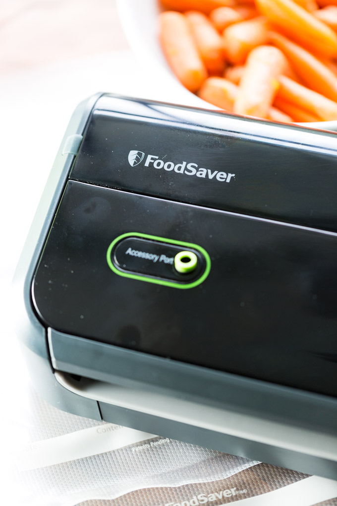 Foodsaver machine in black