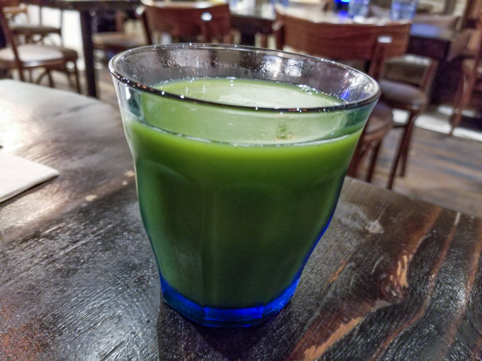Green juice in a glass