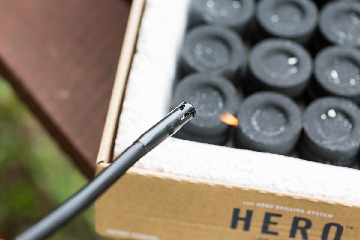 Lighting charcoal pods - HERO Grill System